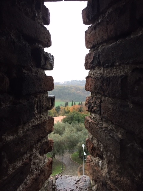 #lemarche #lemarchemagic #gradaraitaly #medievalvillages #castles #pesarourbino #PU #francescaepaolo #eurpeancamperadventures