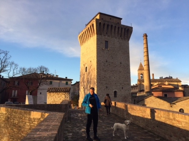 #lemarche #lemarchemagic #fermignano #medievalvillages #castles #pesarourbino #furlopass #eurpeancamperadventures #romanbridges #gloadelfurlo #grandcanyonofitaly #fiumemetauro #rivercandigliano #apenninemountains
